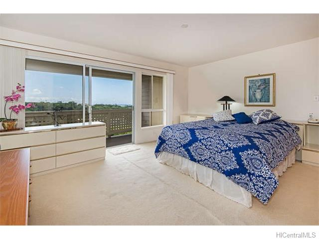 6-master-bedroom-with-unblocked-ocean-view