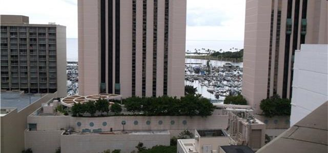 夏威夷威基基市中心酒店式公寓,装修齐全,投资好机会
