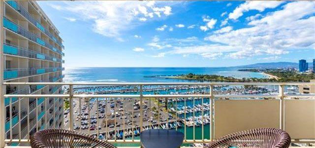 夏威夷威基基闹市区知名的Ilikai酒店式公寓